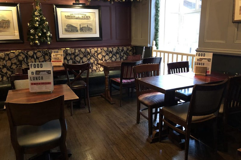 TABLE-SEATS-The-Brasshouse